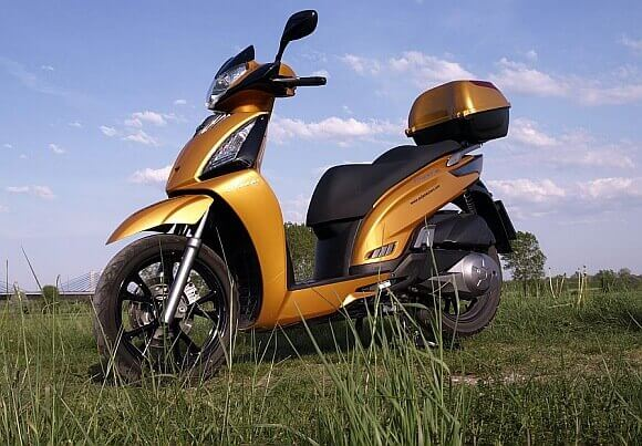 Test Kymco People GT300i