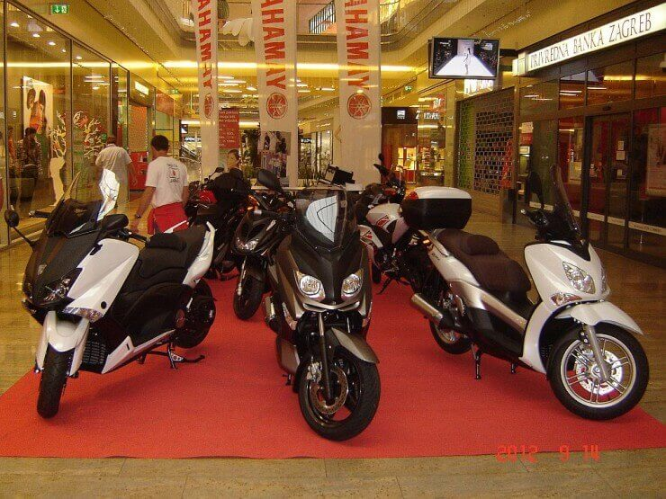 Yamaha modeli u Westgate shopping city-u