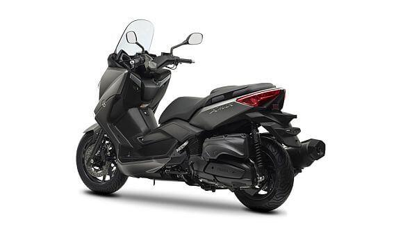 Yamaha x-max 400 2