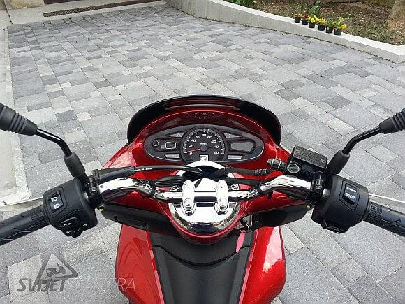 Honda-PCX-125-9